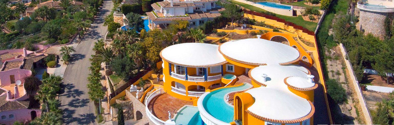 Luftaufnahme-spanische-Villa